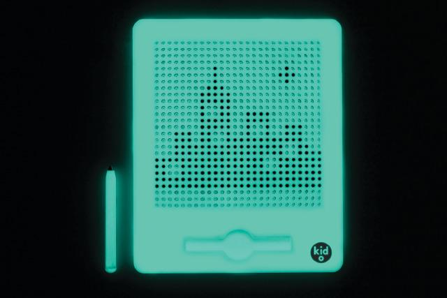 Jumbo Glow in the Dark Magnatab